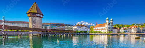 Fotografie, Obraz Historic center of Lucerne with chapel bridge, water tower and Pilatus mountain