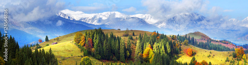 Obraz Autumn and winter in the mountains - fototapety do salonu