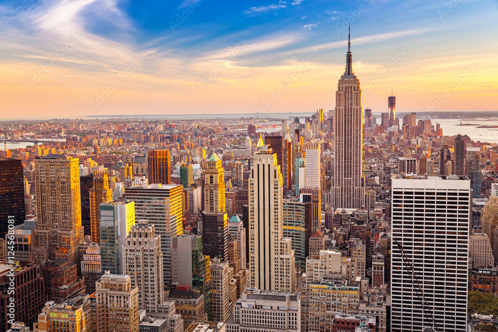 Fototapety, obrazy: Aerial view of New York City Manhattan at sunset