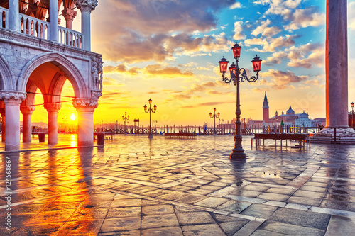 Foto op Canvas Venice Piazza San Marco at sunrise, Vinice, Italy