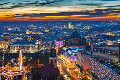 Poster Berlin Aerial view on downtown of Berlin at night, Germany