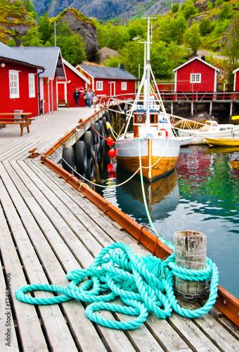 Staande foto Scandinavië Tipical red houses on Lofoten islands, Norway