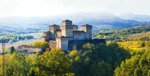 Fotoposter Kasteel Impressive medieval castle in Torrechiara (near Parma) Italy
