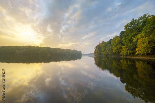 Fotografie, Obraz  Wieczór nad jesiennym jeziorem