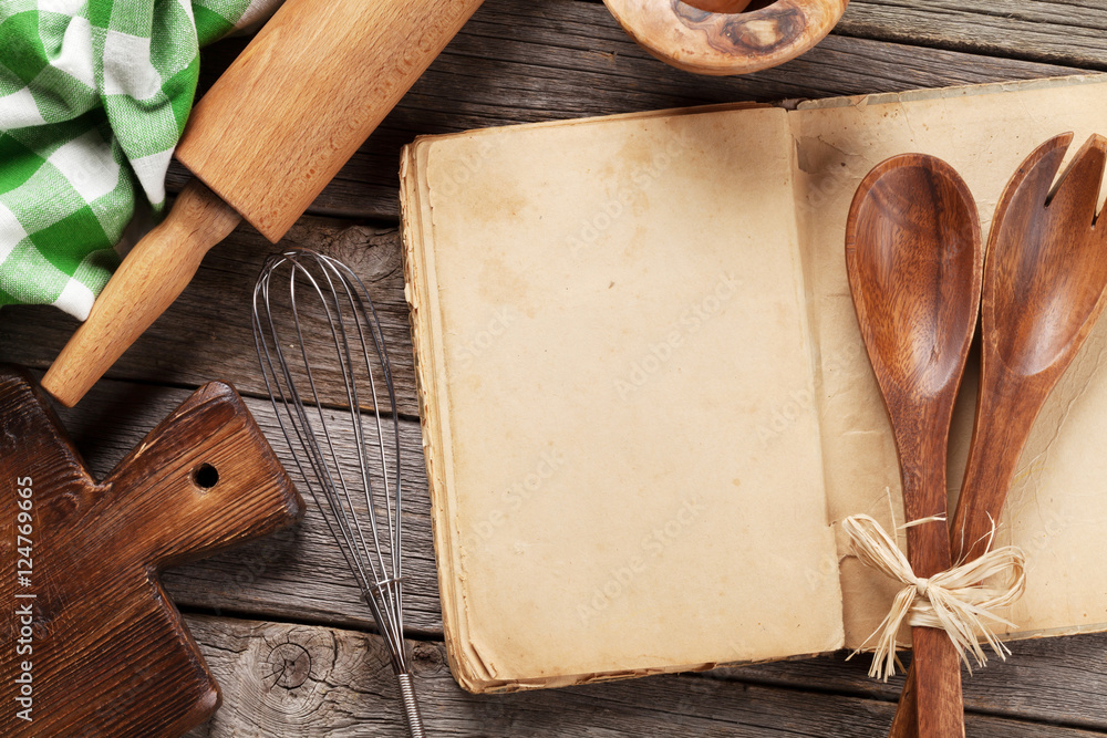 Fototapety, obrazy: Blank vintage recipe cooking book and utensils