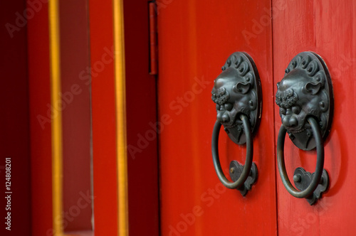Photo  The Buddha Tooth Relic Temple in Singapore.