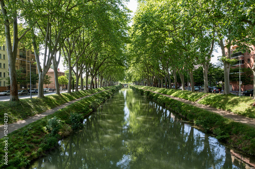 Fotografie, Obraz  The Canal du Midi in Toulouse, France on a spring day.