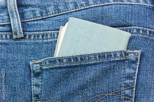 Fotografía  brochure in the back pocket