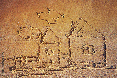 Fotografía  Drawing of lodges on sea sand. Sea tour. House and family.