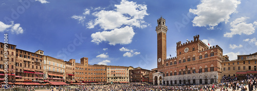 Siena Square Day Pan Fototapeta