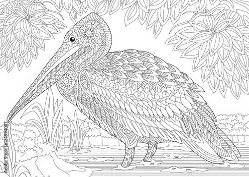 Plakat Stylizowany pelikan ptak wśród ulistnienia. Odręczny szkic dla dorosłych anty stres kolorowanki książki strony z doodle i zentangle elementów.