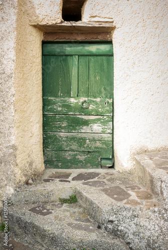 zielone-drzwi