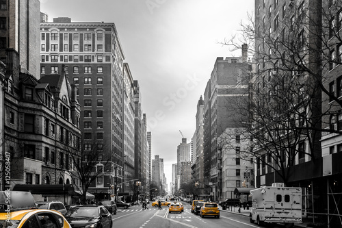 Tuinposter New York TAXI Yellow cabs at Upper West Site of Manhattan, New York City