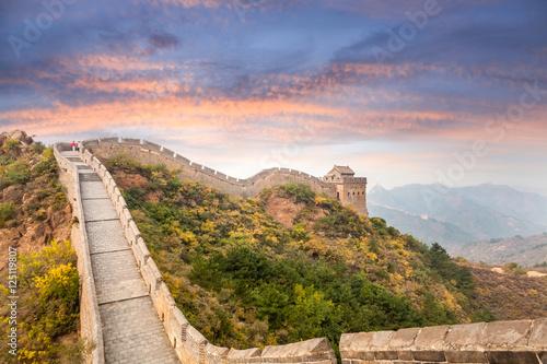 wielki-mur-w-zachodzie-slonca