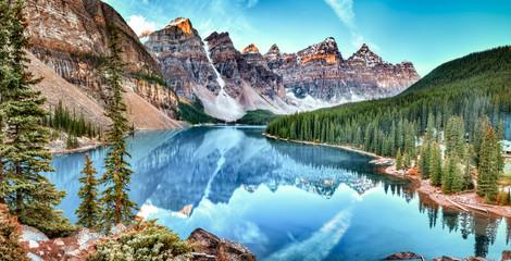 FototapetaMoraine lake panorama in Banff National Park, Alberta, Canada