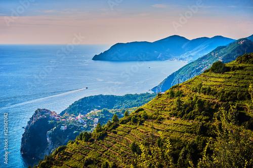 Photographie  Dramatic coastline of Cinque Terre / Ocean View in Liguria - Italy
