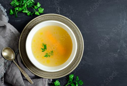 Fotografía  Homemade chicken bouillon