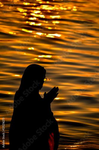 Valokuva  ガンジス川の沐浴