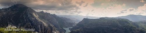 panorámica del paraje Natural del Desfiladero de los Gaitanes en Ardales, Andalu Wallpaper Mural