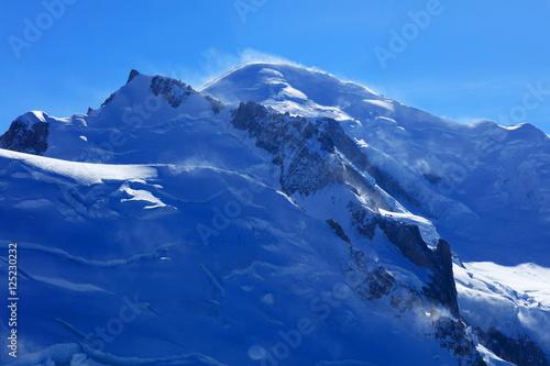 Foto auf Gartenposter Antarktika Mont Blanc (4810m) in Haute Savoie, France, Europe
