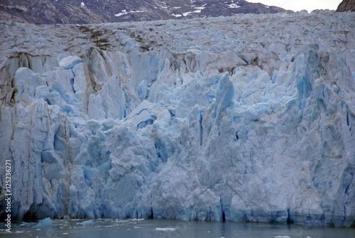 Foto op Plexiglas Arctica Glacier dropping into ocean