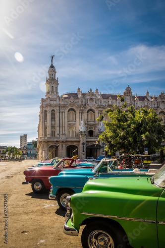 Poster Havana Cuban colorful vintage cars in front of the Gran Teatro - Havana, Cuba
