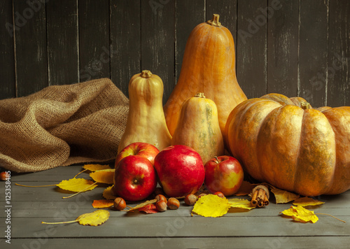 Poster Pays d Asie pumpkins on wooden board