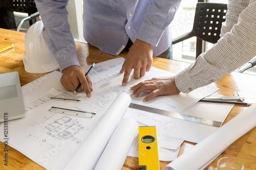Obraz na dibondzie (fotoboard) punkt architekta w blueprint, koncepcja architektoniczna