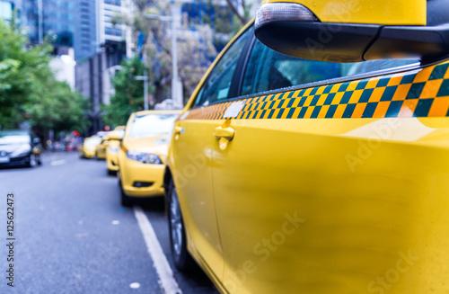 Zdjęcie XXL Parkujący taxi w Melbourne ulicie, Australia