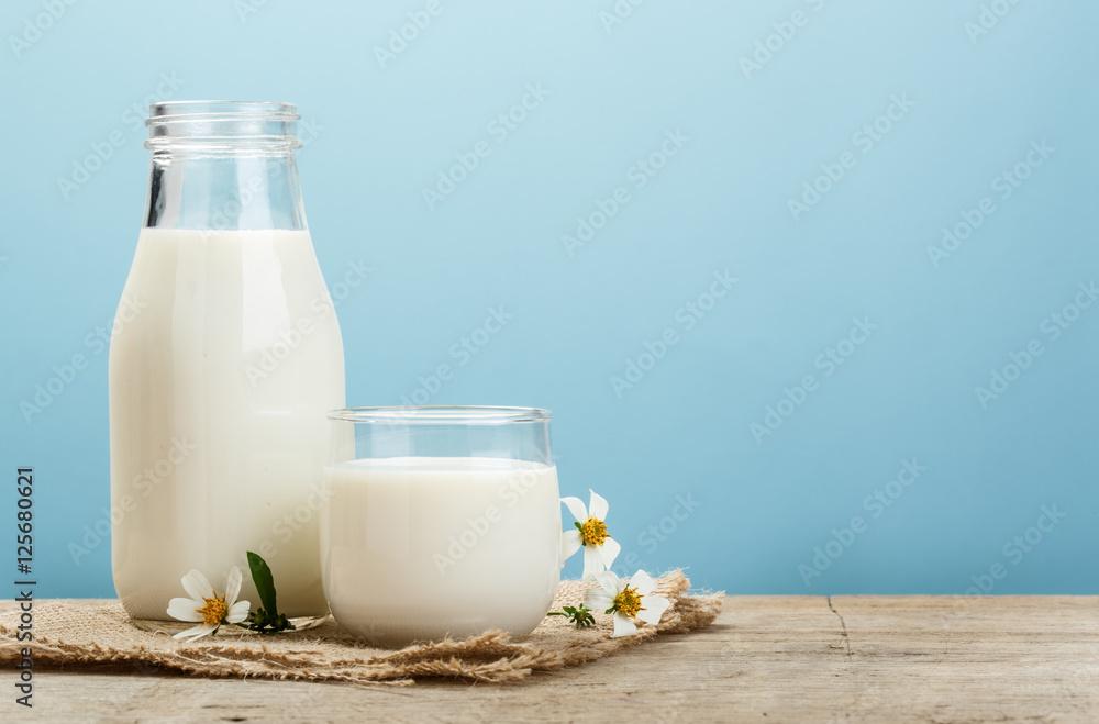Fototapety, obrazy: Retro milk