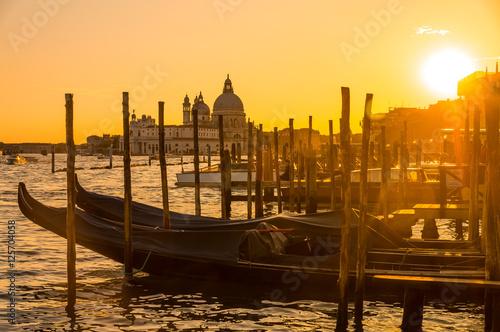 Spoed Foto op Canvas Gondolas Gondeln in Venedig