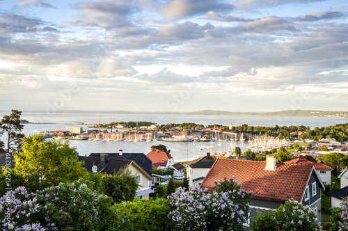 Deurstickers Stad aan het water Panorama of Horten located on Oslofjord, Norway