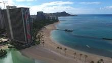 Waikiki Beach, Honolulu, Hawai...