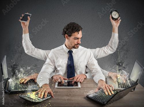 Fotografia  Overworked businessman