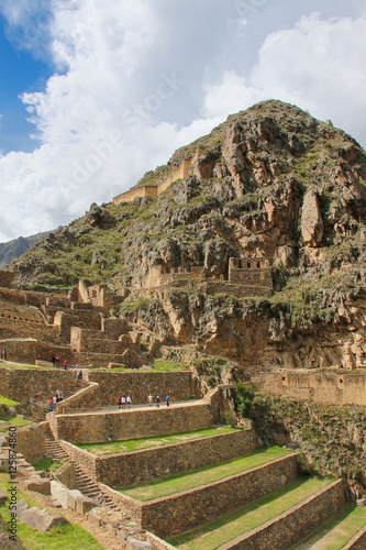 Staande foto Noord Europa Inca Fortress with Terraces and Temple Hill in Ollantaytambo, Pe