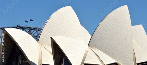 In de dag Australië Sydney Harbour Bridge and Sydney Opera House skyline
