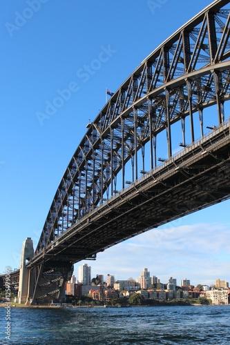 Die Harbour Bridge in Sydney, Australien © tourpics_net