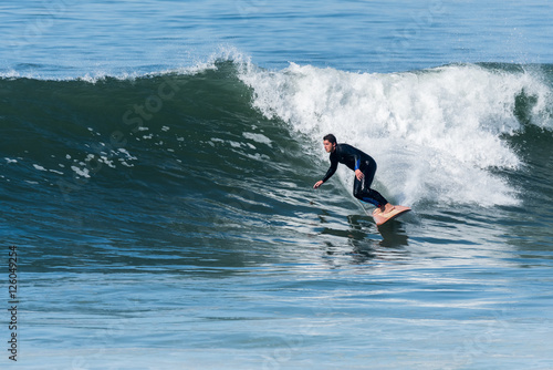 surfowac-po-falach
