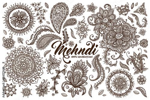 Hand drawn set of mehndi design templates – kaufen Sie diese ...