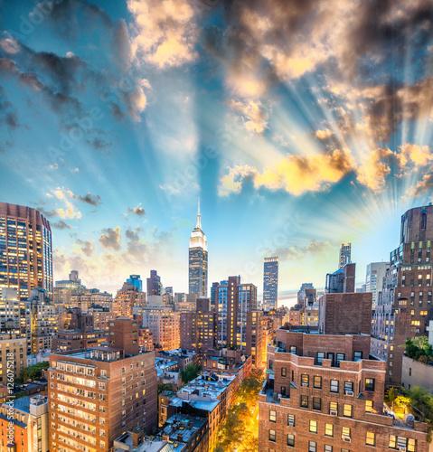 Fotografía  Sunset aerial view of Midtown Manhattan, New York CIty