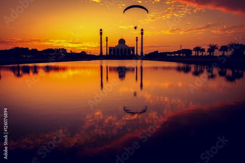 meczet-w-czasie-zachodu-slonca
