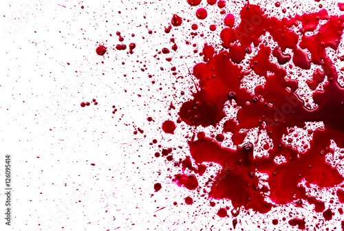 Carta da parati Splattered blood stain on white background