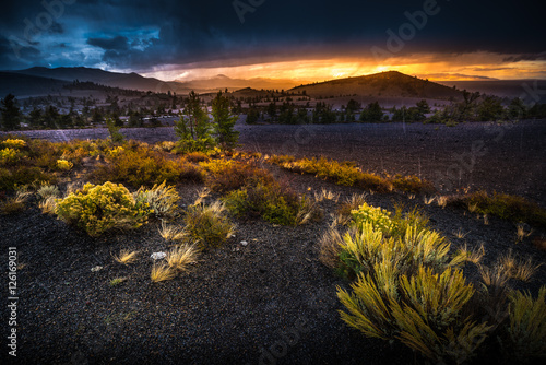 Printed kitchen splashbacks Coast Inferno Cone Overlook Craters of The Moon at Sunset