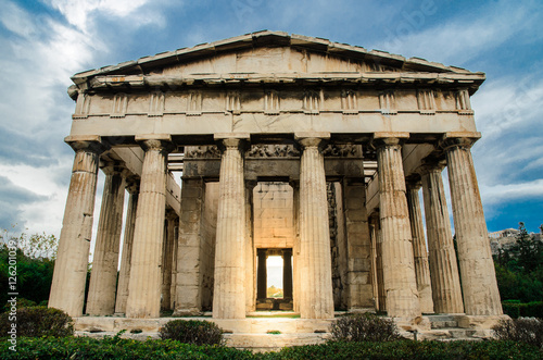 Photo  Hephaestus Temple in agora ruin,Athens,Greece