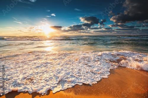 Obraz Beautiful cloudscape over the sea - fototapety do salonu