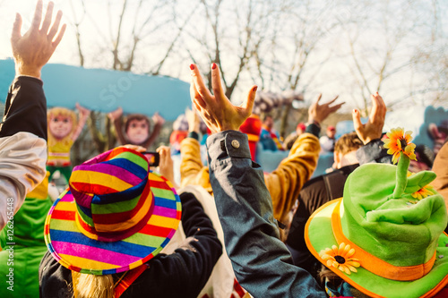 Fotobehang Carnaval Jecken an Karneval/Menschen bei einem Karnevalsumzug