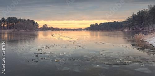 Stickers pour porte Gris Autumn sunrise above frozen lake