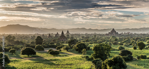 Foto auf Acrylglas Bestsellers Panoramic view of Bagan plains with pagodas during sunset, Myanmar