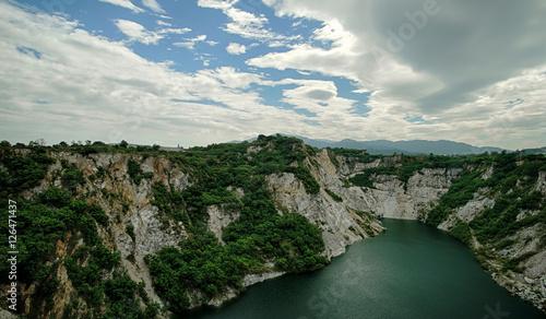 Foto auf Gartenposter Fluss landscape canyon and river