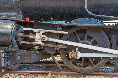Foto op Canvas Jacht Steam Locomotive Wheel
